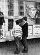 1967/68 Schaufenster in der Brückstr.